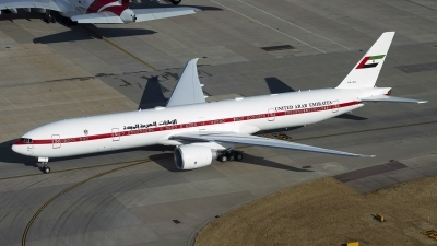 Photo ID 236731 by Chris Lofting. United Arab Emirates Government Boeing 777 35R ER, A6 SIL