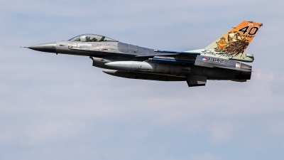 Photo ID 237070 by Jan Eenling. Netherlands Air Force General Dynamics F 16AM Fighting Falcon, J 642