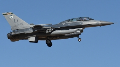Photo ID 237094 by Hans-Werner Klein. USA Air Force General Dynamics F 16D Fighting Falcon, 88 0175