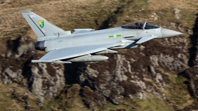 Photo ID 237392 by Neil Dunridge. UK Air Force Eurofighter Typhoon FGR4, ZJ917