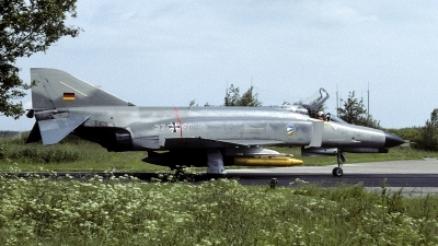 Photo ID 237697 by Joop de Groot. Germany Air Force McDonnell Douglas F 4F Phantom II, 37 88