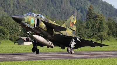 Photo ID 237902 by Ludwig Isch. Private Swedish Air Force Historic Flight Saab Sk37E Viggen, SE DXO