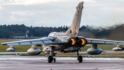 Photo ID 237985 by Mike Macdonald. UK Air Force Panavia Tornado GR4, ZA461