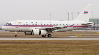 Photo ID 238067 by Stefan Schmitz. Armenia Government Airbus A319 132 CJ, 701