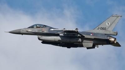 Photo ID 238631 by Rainer Mueller. Netherlands Air Force General Dynamics F 16AM Fighting Falcon, J 060