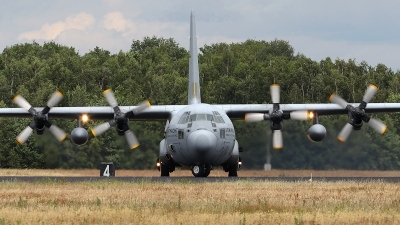 Photo ID 239431 by Karl Kleef. Netherlands Air Force Lockheed C 130H Hercules L 382, G 273