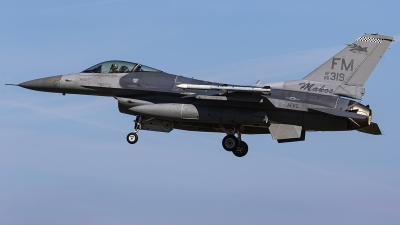 Photo ID 239603 by Matt Varley. USA Air Force General Dynamics F 16C Fighting Falcon, 86 0319