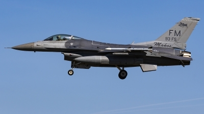 Photo ID 239634 by Matt Varley. USA Air Force General Dynamics F 16C Fighting Falcon, 88 0405