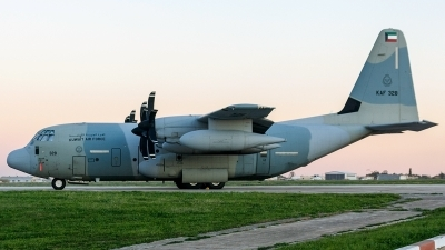 Photo ID 239643 by Ray Biagio Pace. Kuwait Air Force Lockheed Martin KC 130J Hercules L 382, KAF328