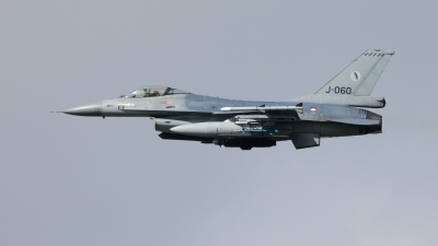 Photo ID 239861 by Age Meijer. Netherlands Air Force General Dynamics F 16AM Fighting Falcon, J 060