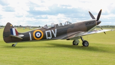 Photo ID 240549 by Ruben Galindo. Private Historic Flying Ltd Supermarine 509 Spitfire T 9C, G CCCA