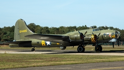 Photo ID 240728 by Thomas Ziegler - Aviation-Media. Private B 17 Preservation Ltd Boeing B 17G Flying Fortress 299P, G BEDF