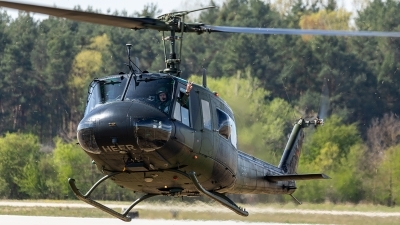 Photo ID 241355 by Thomas Ziegler - Aviation-Media. Germany Army Bell UH 1D Iroquois 205, 73 54