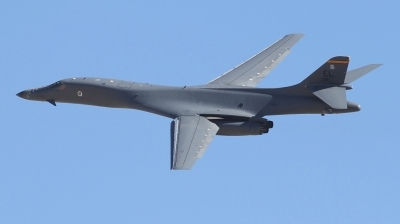 Photo ID 241430 by Paul Newbold. USA Air Force Rockwell B 1B Lancer, 86 0118