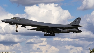 Photo ID 241499 by Matt Varley. USA Air Force Rockwell B 1B Lancer, 85 0074