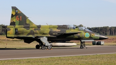Photo ID 241632 by Walter Van Bel. Private Swedish Air Force Historic Flight Saab Sk37E Viggen, SE DXO