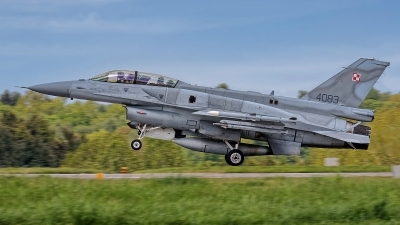 Photo ID 241768 by Rainer Mueller. Poland Air Force General Dynamics F 16D Fighting Falcon, 4083