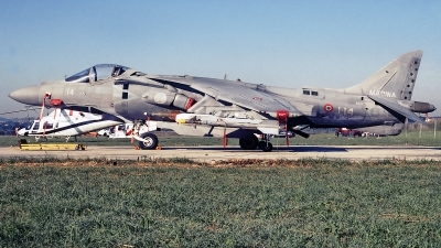 Photo ID 242275 by Aldo Bidini. Italy Navy McDonnell Douglas AV 8B Harrier ll, MM7220