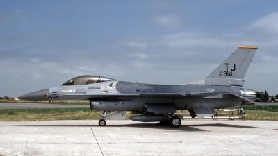 Photo ID 242616 by D. A. Geerts. USA Air Force General Dynamics F 16A Fighting Falcon, 82 0914
