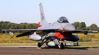Photo ID 242784 by Walter Van Bel. Norway Air Force General Dynamics F 16AM Fighting Falcon, 675