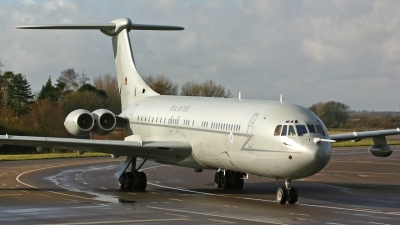 Photo ID 242921 by Neil Dunridge. UK Air Force Vickers 1154 VC 10 K4, ZD230