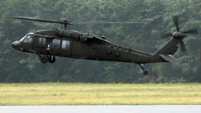 Photo ID 243278 by Richard de Groot. USA Army Sikorsky UH 60L Black Hawk S 70A, 92 26458