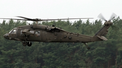 Photo ID 243292 by Richard de Groot. USA Army Sikorsky UH 60L Black Hawk S 70A, 05 27055