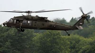 Photo ID 243294 by Richard de Groot. USA Army Sikorsky UH 60M Black Hawk S 70A, 11 20388