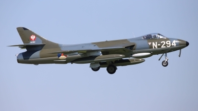 Photo ID 243468 by Benjamin Henz. Private DHHF Dutch Hawker Hunter Foundation Hawker Hunter F6A, G KAXF