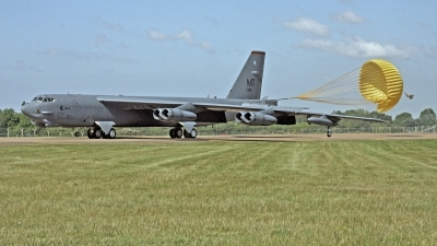 Photo ID 243546 by Peter Fothergill. USA Air Force Boeing B 52H Stratofortress, 61 0014