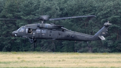 Photo ID 243550 by kristof stuer. USA Army Sikorsky UH 60M Black Hawk S 70A, 11 20422