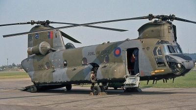 Photo ID 243619 by Peter Fothergill. UK Air Force Boeing Vertol Chinook HC2 CH 47D, ZA710
