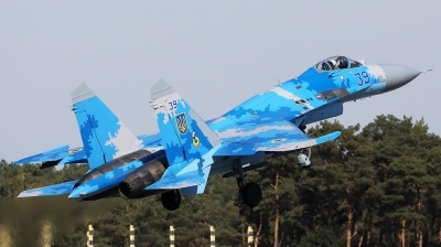Photo ID 243682 by Walter Van Bel. Ukraine Air Force Sukhoi Su 27S, 39 BLUE