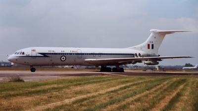Photo ID 243815 by Paul Newbold. UK Air Force Vickers 1106 VC 10 C1K, XV109