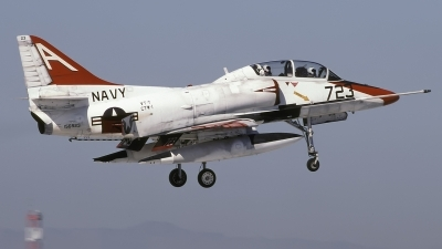 Photo ID 244040 by Chris Lofting. USA Navy McDonnell Douglas TA 4J Skyhawk, 156923