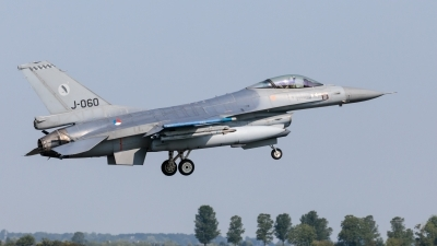 Photo ID 244310 by Age Meijer. Netherlands Air Force General Dynamics F 16AM Fighting Falcon, J 060