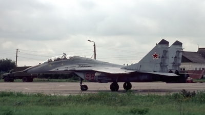 Photo ID 27477 by Sven Zimmermann. Russia Air Force Mikoyan Gurevich MiG 29UB 9 51, 98 RED