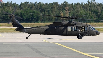 Photo ID 244647 by Günther Feniuk. USA Army Sikorsky UH 60M Black Hawk S 70A, 10 20314