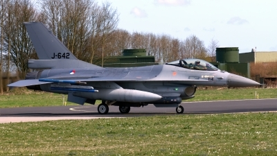 Photo ID 244902 by John. Netherlands Air Force General Dynamics F 16AM Fighting Falcon, J 642