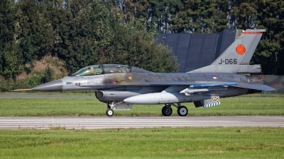 Photo ID 245309 by Rainer Mueller. Netherlands Air Force General Dynamics F 16B Fighting Falcon, J 066