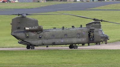 Photo ID 245331 by Tom Gibbons. UK Air Force Boeing Vertol Chinook HC6 CH 47F, ZD983