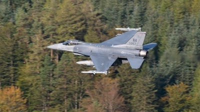Photo ID 245482 by Neil Dunridge. USA Air Force General Dynamics F 16C Fighting Falcon, 89 2057