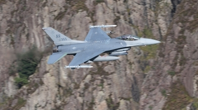 Photo ID 245483 by Neil Dunridge. USA Air Force General Dynamics F 16C Fighting Falcon, 87 0355
