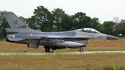 Photo ID 246227 by Richard de Groot. Netherlands Air Force General Dynamics F 16AM Fighting Falcon, J 015