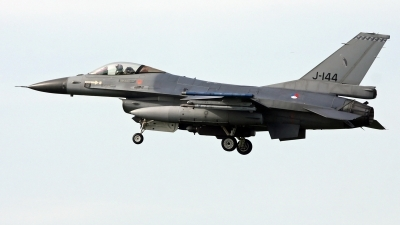 Photo ID 246086 by Richard de Groot. Netherlands Air Force General Dynamics F 16AM Fighting Falcon, J 144