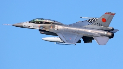 Photo ID 246075 by Mark Broekhans. Netherlands Air Force General Dynamics F 16BM Fighting Falcon, J 066