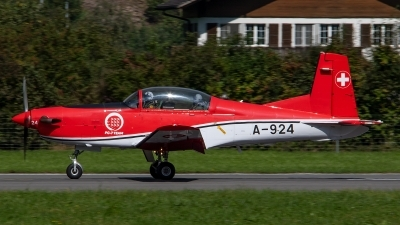 Photo ID 246091 by Bruno Geiger - Aviation Media. Switzerland Air Force Pilatus NCPC 7 Turbo Trainer, A 924