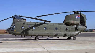 Photo ID 246181 by Peter Fothergill. UK Air Force Boeing Vertol Chinook HC2 CH 47D, ZA712