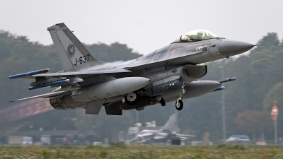 Photo ID 246270 by Niels Roman / VORTEX-images. Netherlands Air Force General Dynamics F 16AM Fighting Falcon, J 637