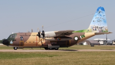 Photo ID 246336 by Chris Lofting. Pakistan Air Force Lockheed C 130E Hercules L 382, 64144